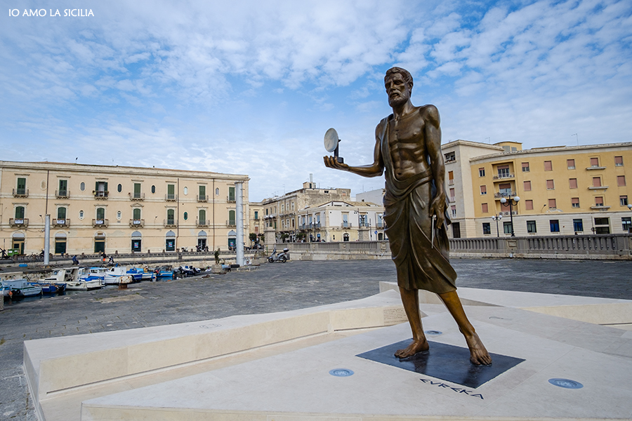Statua di Archimede