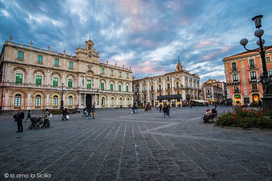 Piazza dell'Università Catania