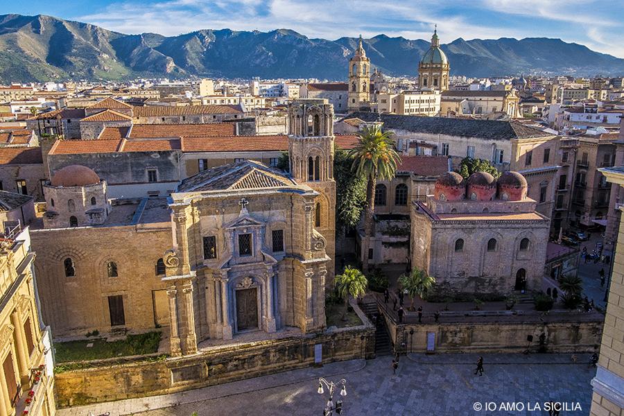 Le celle e i tetti del monastero di clausura di Santa Caterina a Palermo