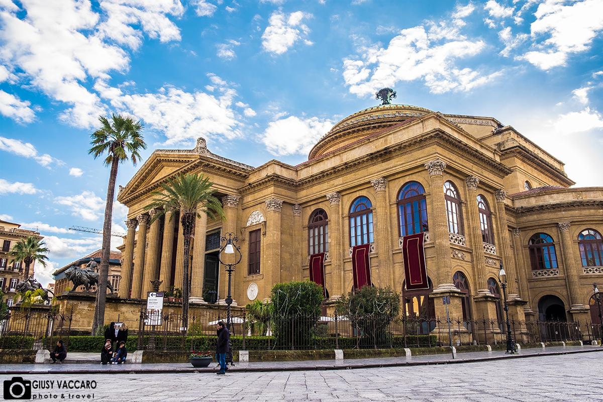 23776fd73f193 Anche il secondo giorno di questo itinerario è dedicato a Palermo ed anche  in questo caso ci si muove a piedi. Protagonisti della giornata sono i  luoghi ...