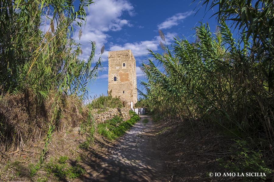Castello di Campofelice di Roccella